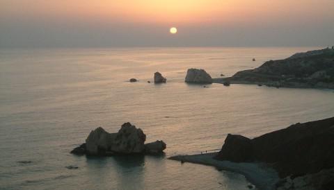 塞浦路斯10大特色:让您的移民生活如童话般甜蜜