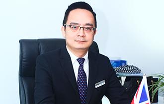 """侨诚移民董事长全程参与巴菲特股东大会 传递股神投资""""教诲"""""""