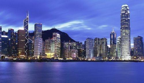 恭贺W先生全家获批香港永久居民身份