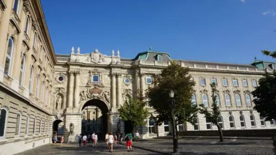 2016匈牙利移民在等你! 1500个名额火爆开抢!