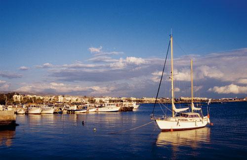 塞浦路斯:爱神之岛的节日文化